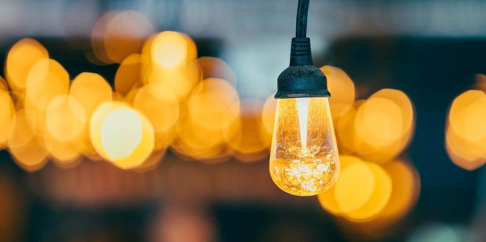 Priemerná spotreba elektrickej energie v domácnosti – ako ušetriť za  elektrinu | GEOTHERM Slovakia s.r.o.